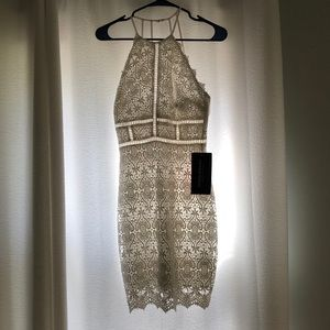 Lace dress size small never worn with tags